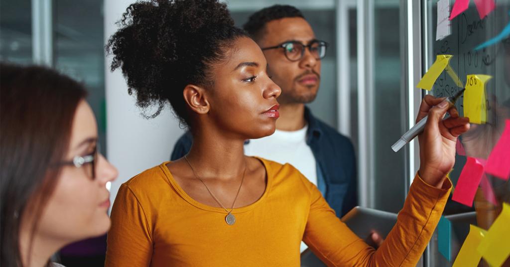 O que as 4 tendências essenciais de RH realmente significam para seus negócios em 2020
