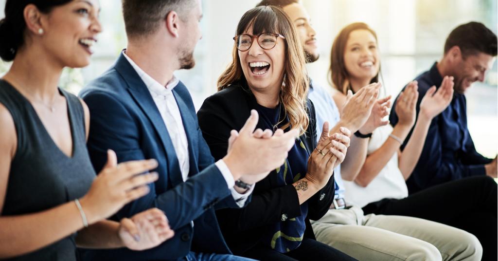 Como usar o local de trabalho para ajudar a criar ótimas experiências para seus funcionários
