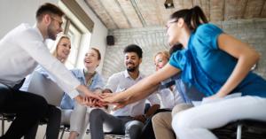 Uma força de trabalho emocionalmente inteligente pode transformar a cultura da sua empresa