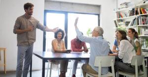 Como o RH pode inspirar equipes e reconstruir a confiança