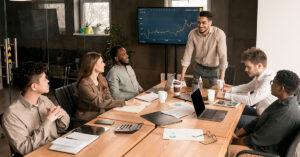 Líderes x gerentes na era pandêmica do local de trabalho